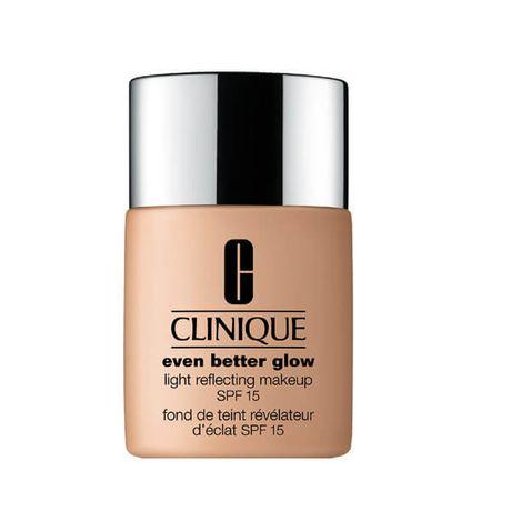 Clinique Even Better Glow make-up 30 ml, 04 Cream Chamois